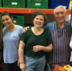 Volunteering at the Vauxhall Foodbank | #MMKMillion